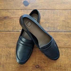 Gap Outlet Penny Loafers
